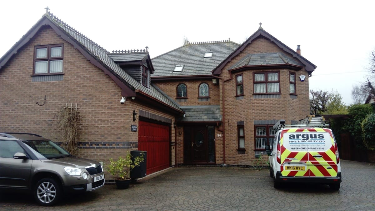 Commercial & Business Fire Alarms in Oldham